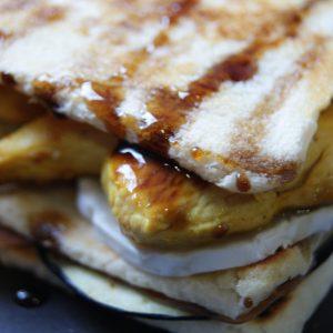 milhoja-berenjena-miel-pollo-al-curry