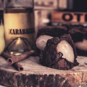 Tarta de chocolate rellena de peras al vino Verdejo Caraballas