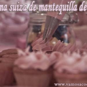 Crema suiza de mantequilla de fresas