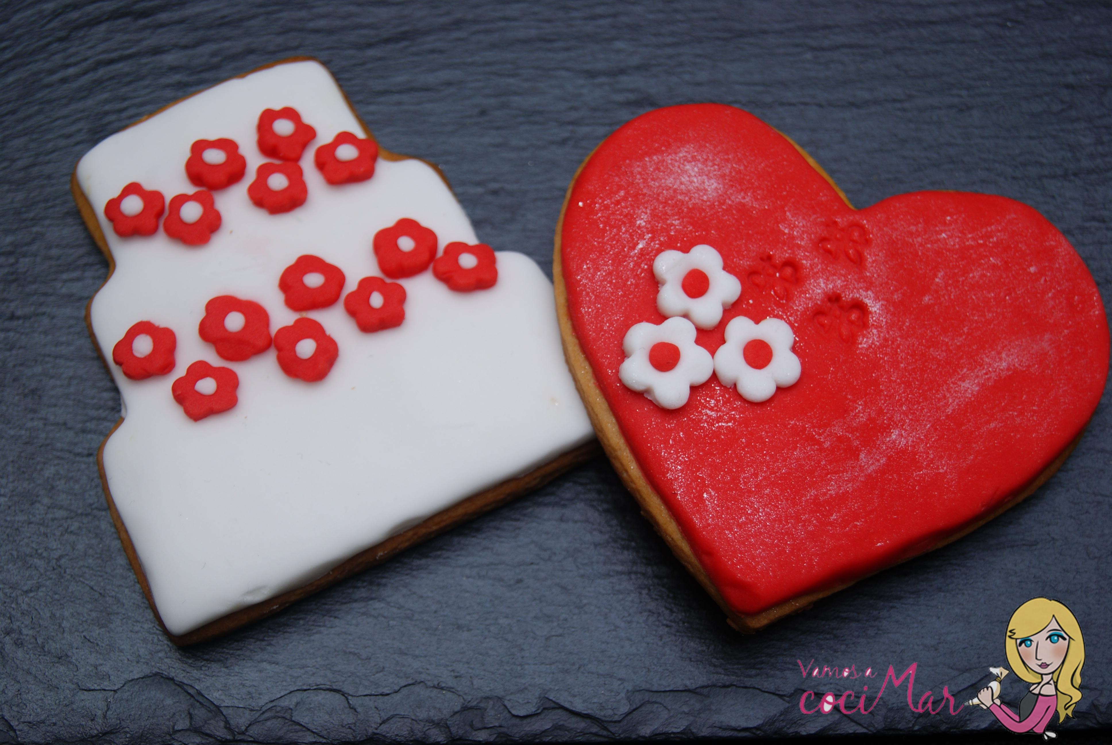 Galletas Y Cupcake Decorados Con Fondant De San Valentin