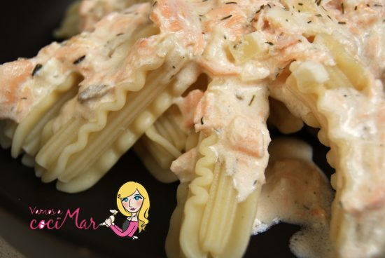 pasta-capricci-salsa-yogur-salmón